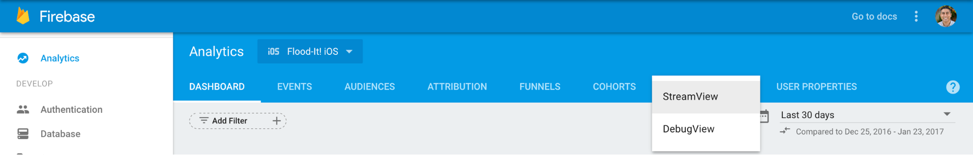 """转至 DebugView,具体方法是选择 Google Analytics(分析)顶部导航栏上 StreamView 旁边的箭头,然后选择""""DebugView"""""""